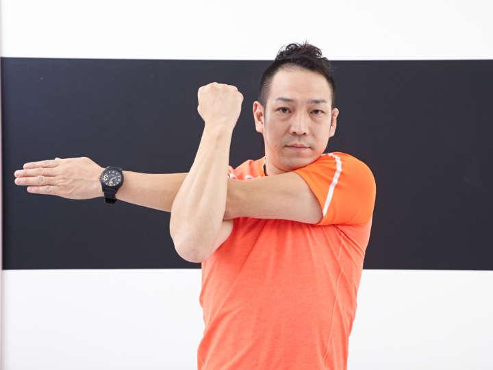 の 筋肉 名前 肩 三角筋/肩の筋肉 筋肉のしくみ(解剖学)と効果的な筋トレ法、柔軟ストレッチ